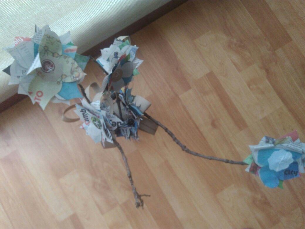 Flores de papel.... 🌸💮🌼🌺🌻🌹🍃#IdeasAlMaximo #ConIngenio #MakeMeHappy #Flowers