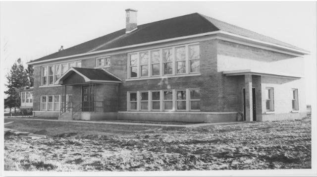 Sur Cette Photo De 1958 L Ecole Terre Des Jeunes Qui S Appelait