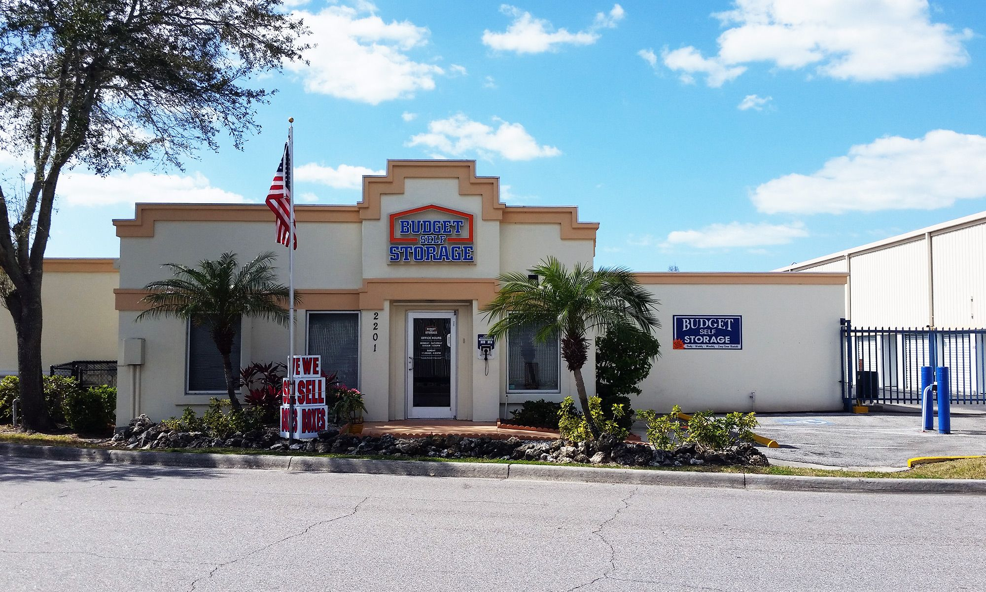 Fruitville Rd Sarasota Fl Self Storage House Styles Self Storage Units