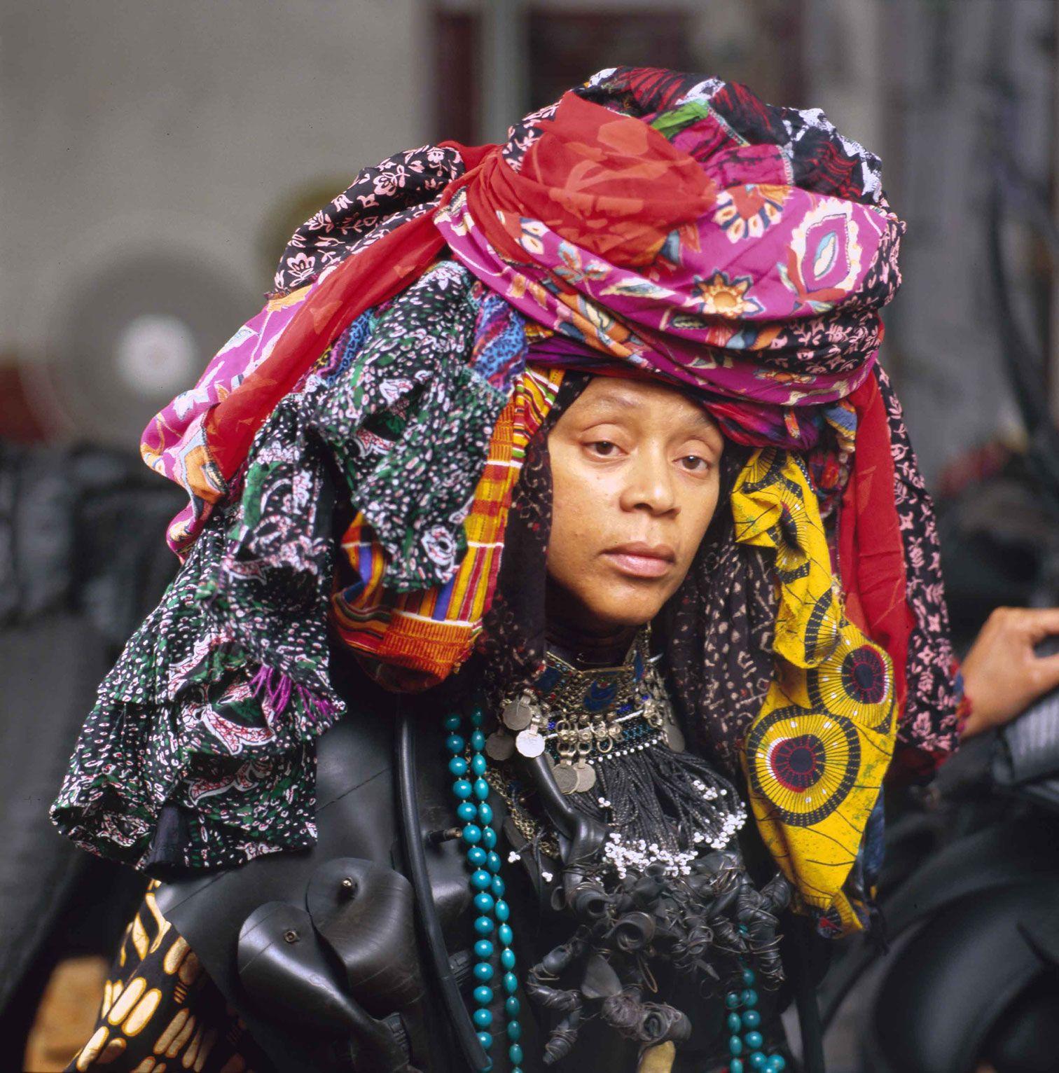 Chakaia booker contemporary artist who creates large