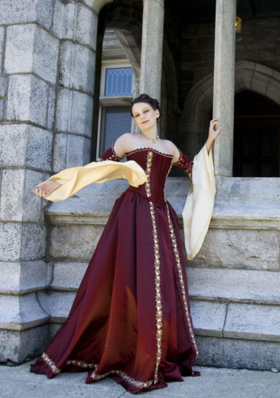Corseted Celtic Fantasy Medieval wedding dress ...