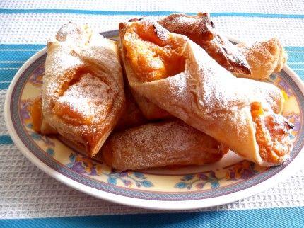 Delicious vanilla custard treat #dessert #christmas #morning tea Visit http://besthomechef.com.au/recipe/vanilla-custard-treat/ for the recipe