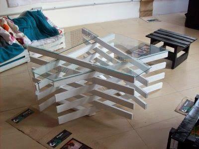 muebles de palets mesa de diseo hecha con tablas de palets