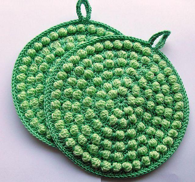 Bobbles Potholder: free #crochet #pattern | Crochet For The Kitchen ...