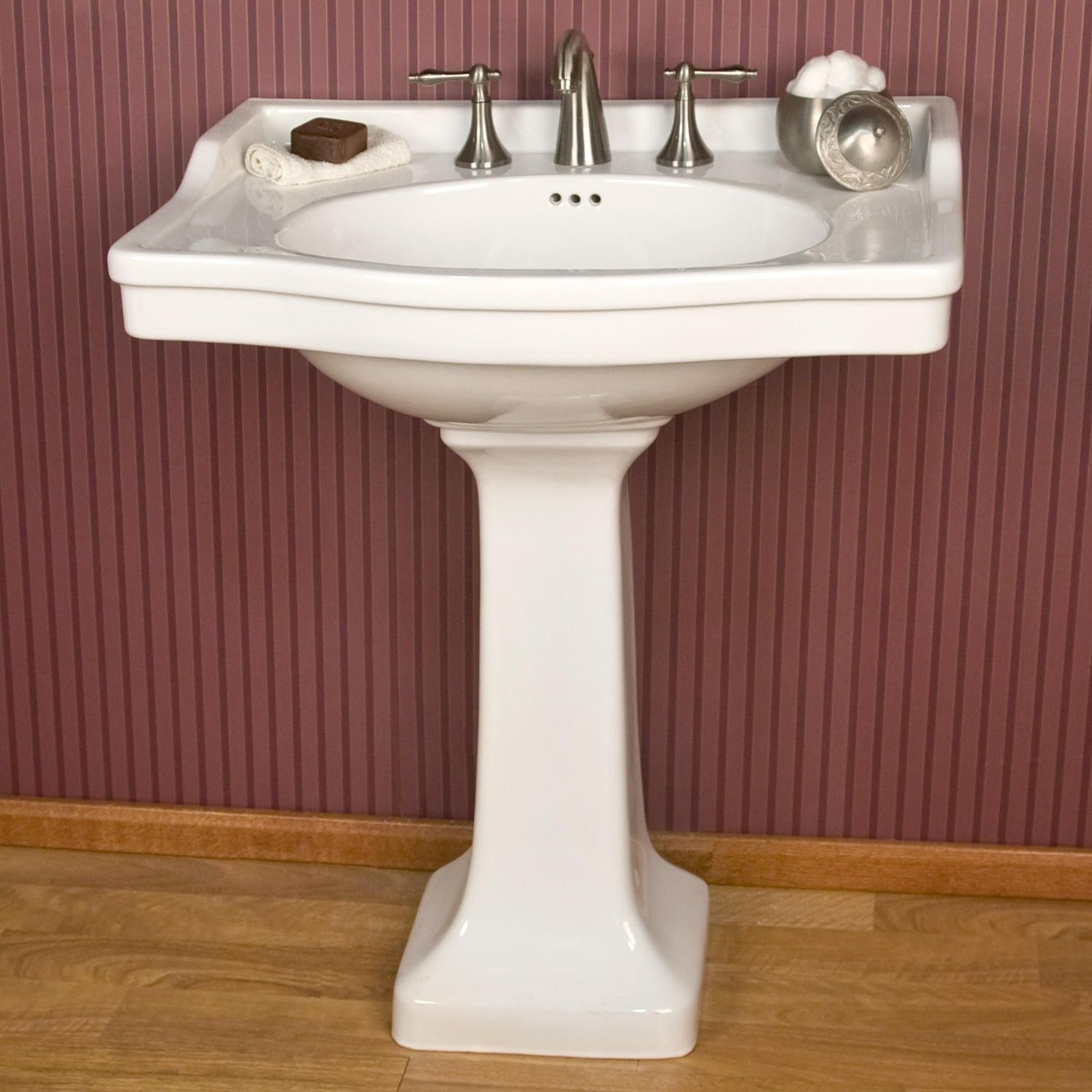 I Like The Built In Backsplash Cierra Large Pedestal Sink 270