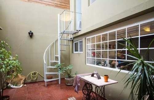 ph/casa , 3 ambientes, 2 banos, terraza grande.