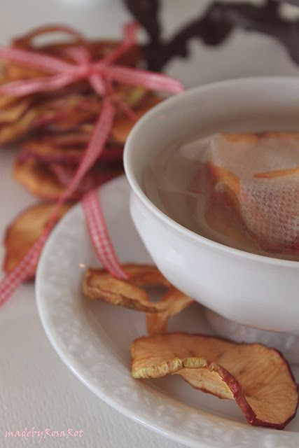 an elderly lady from Belgium told me how to make tea like this....it tastes very good ~ apple tea