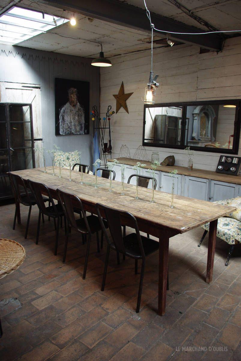 Ancienne Table D Atelier En Bois Debut Xxeme Par Le Marchand D Oublis Avec Images Salle A Manger Bois Table Salle A Manger Decoration Salle A Manger