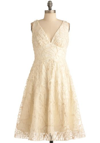 Beautiful Eva Franco dress in cream lace