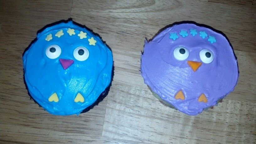 Chick face cupcakes for Easter