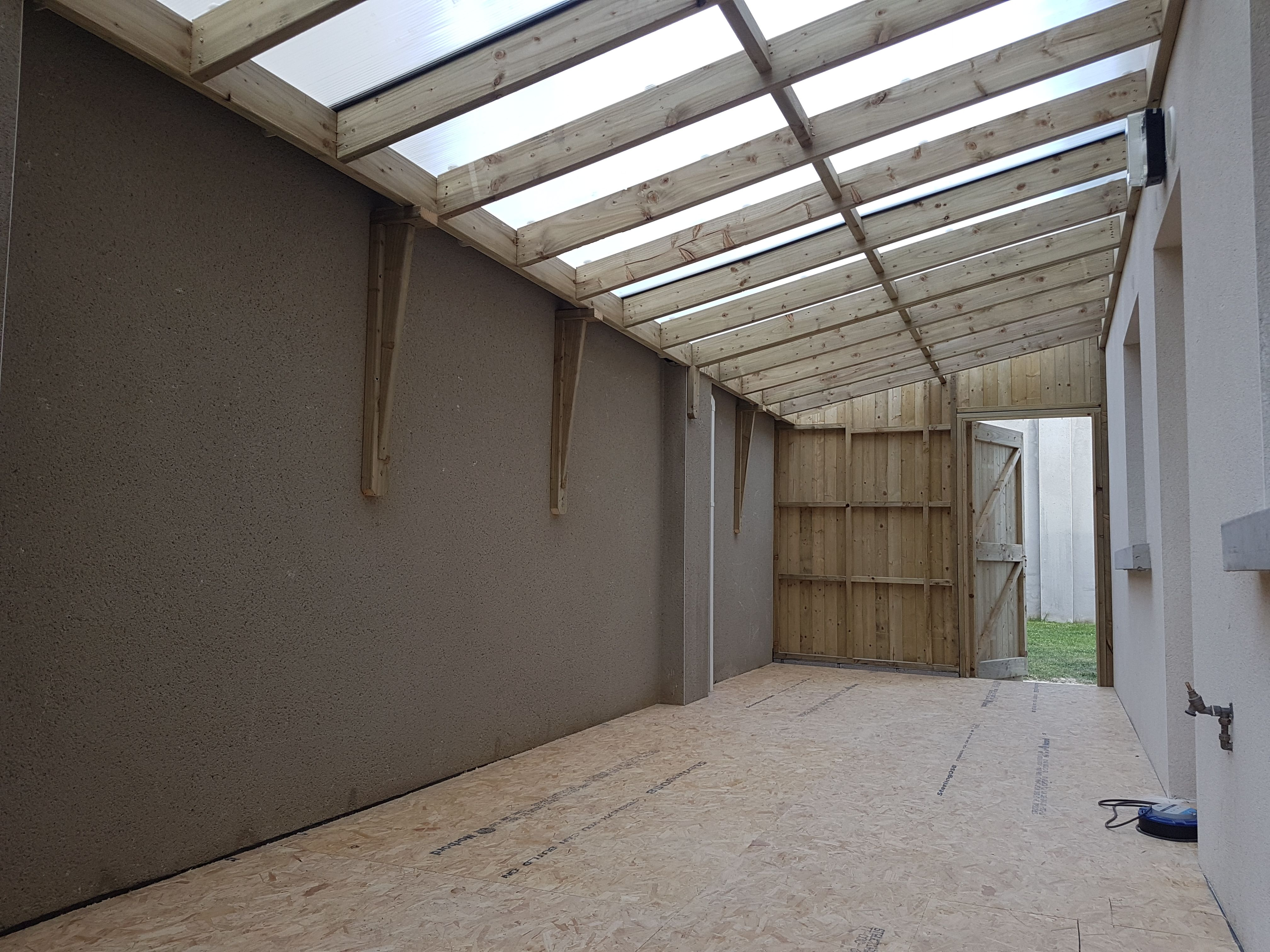 Lean Too Shed Inside Gym In 2020 Shed Design Lean To Lean To Shed