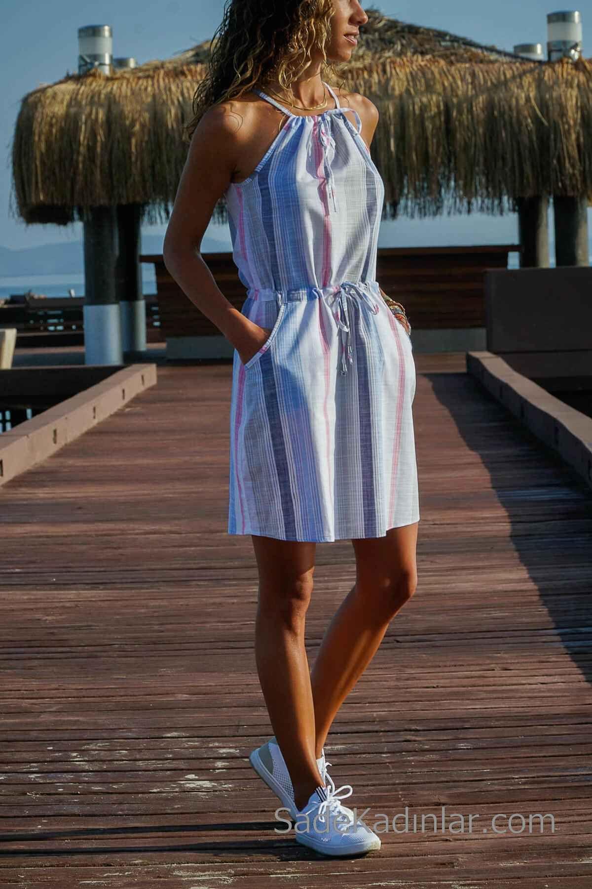 2019 Günlük Keten Elbise Modelleri Mavi Kısa Halter YAka Bağcıklı Çizgi Desenli