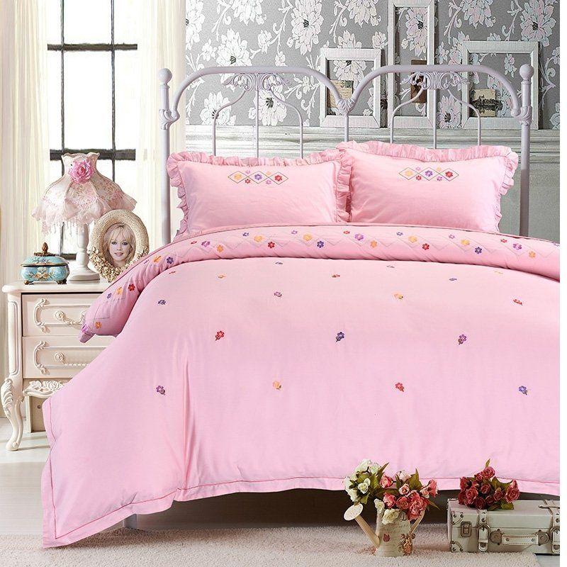 Luxurious Pastel Pink Floral Pattern Feminine Feel Elegant Cute