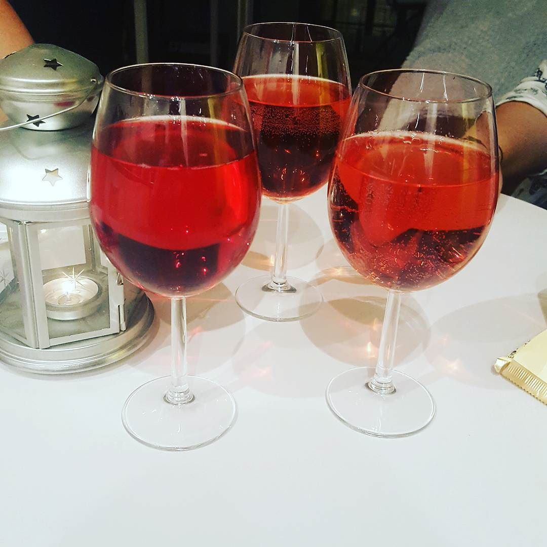Wine evening with the ladies