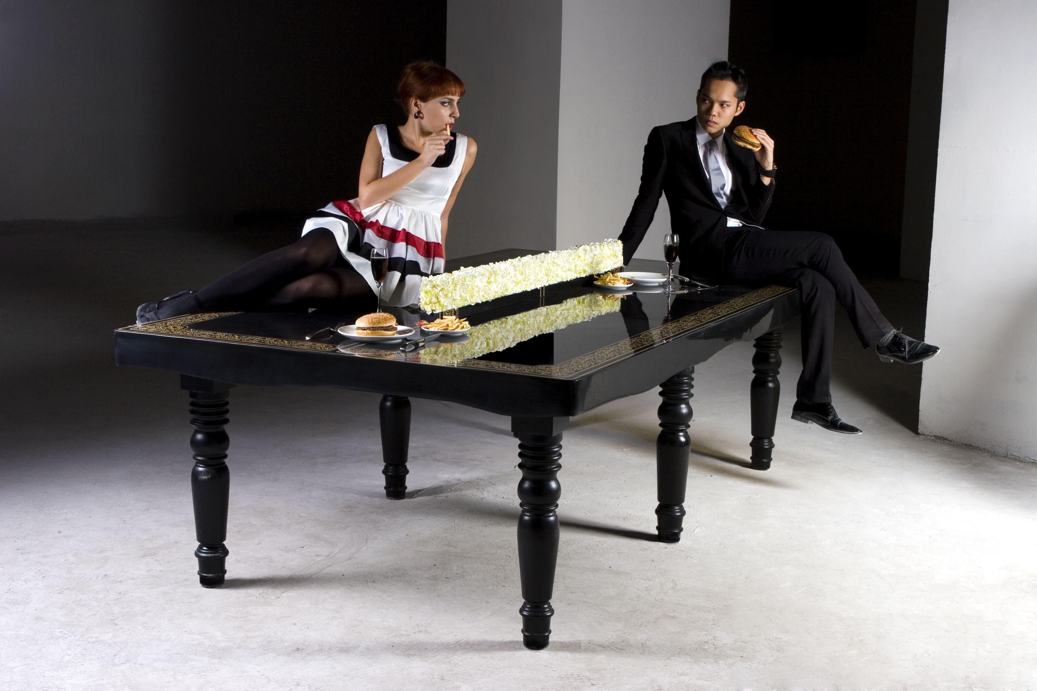 DuPont™ Corian® ping pong table Ing