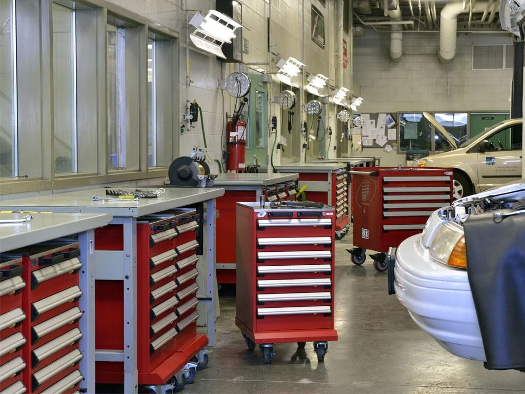 Automotive Training Centers, QC   Other Solutions   Rousseau Metal Cabinets,  Shelvingu0027s, Workstations, Workplaces, Toolboxu0027s, Drawers And Other  Specialized ...