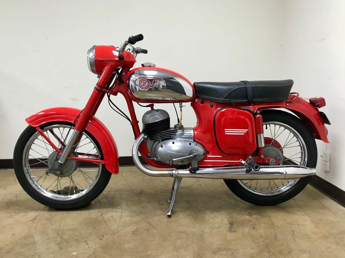 1965 Cz 125 Model 473 For Sale Via Rocker Co Vintage Motorcycles For Sale Brat Bike Vintage Motorcycle