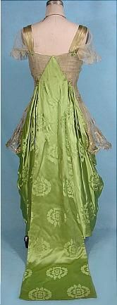 c. 1916 Evening Gown of Apple Green Chinese Silk Damask Dramatically Draped over Gold Lame Lace over Gold Lame Lining