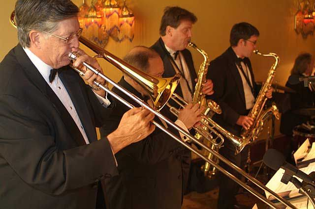 Provider Wedding Bands And Orchestras For Your Day