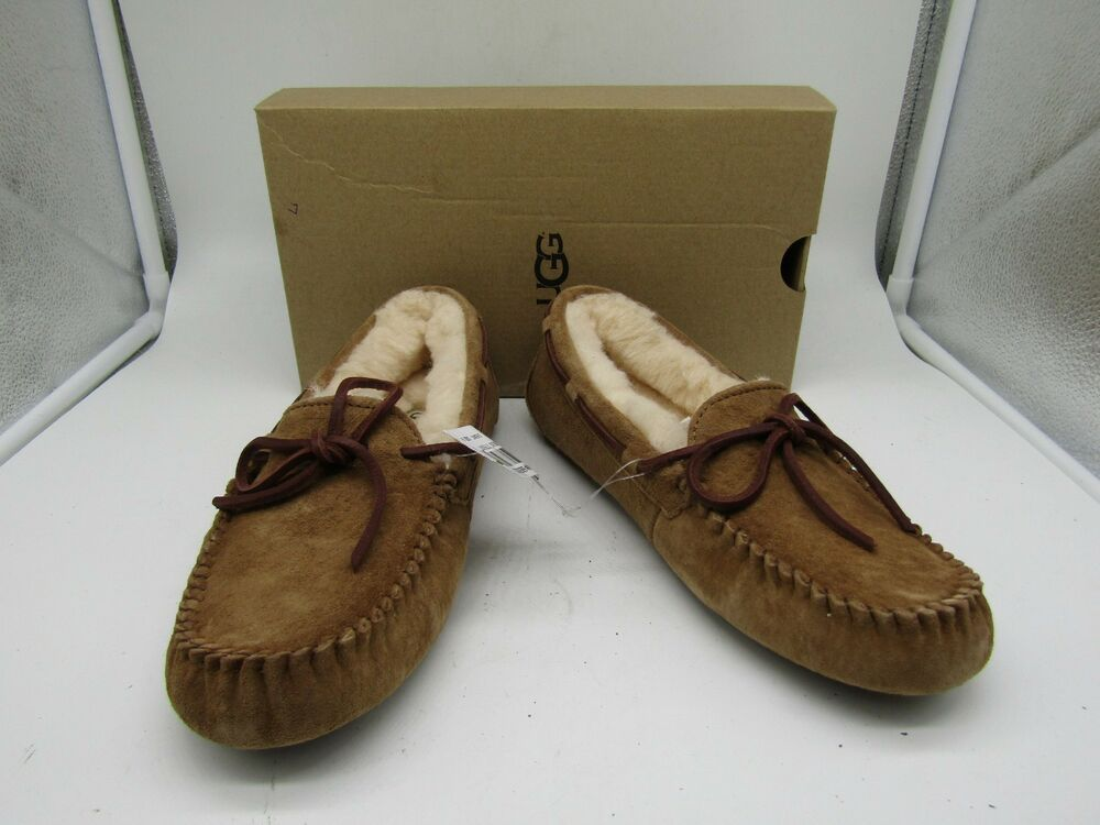 766923ca540 UGG Women's Dakota Brown Chestnut Suede Moccasin Slippers Size 6 NEW ...
