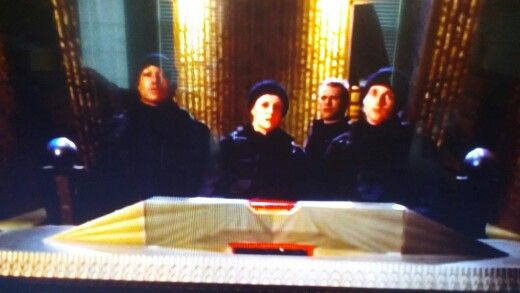 Group photo: Goa'uld bridge of a ship trying to destroy earth