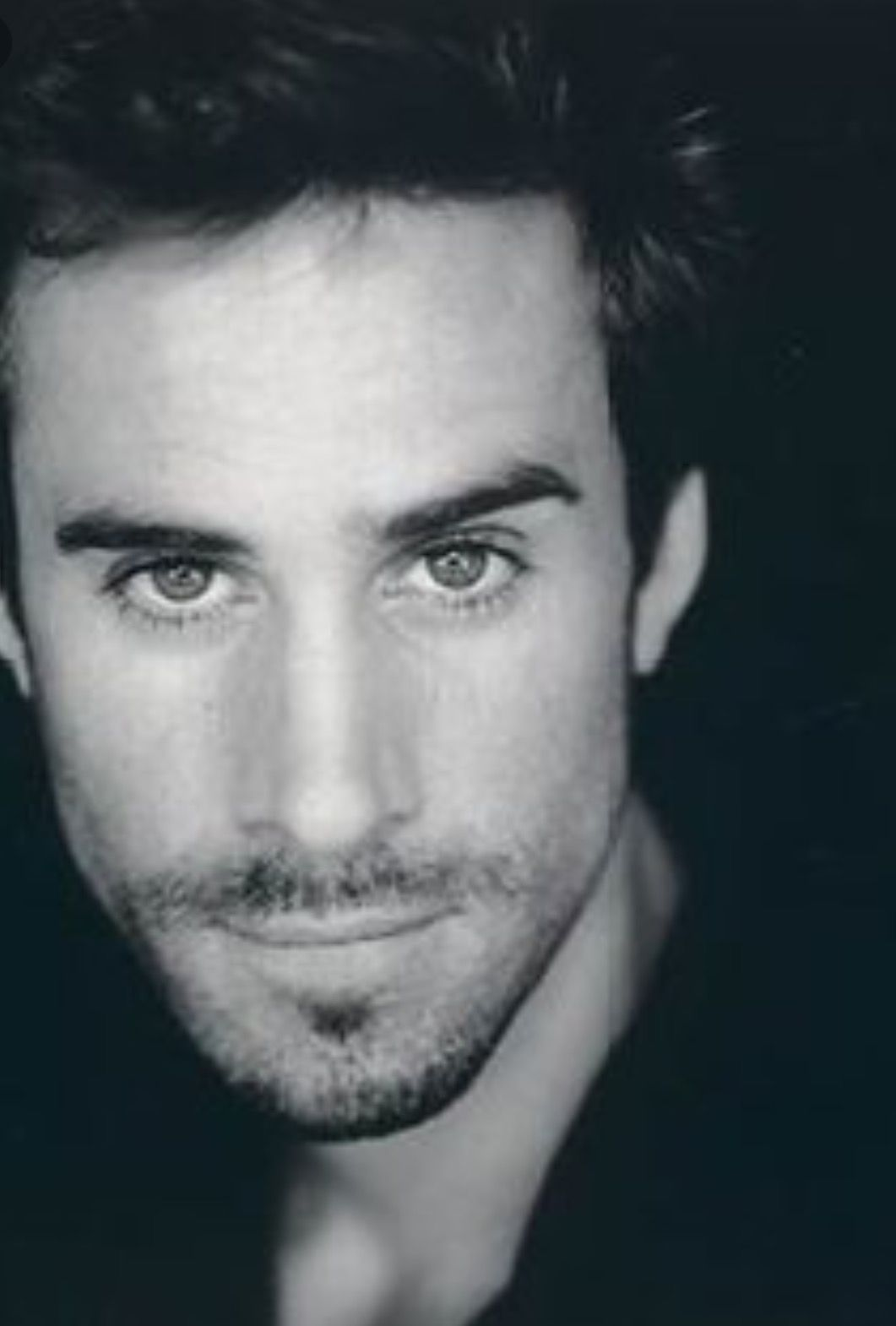 photo Joseph Fiennes (born 1970)