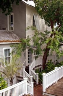 Haunted Locations In Key West History Of Chelsea House Pool And Gardens