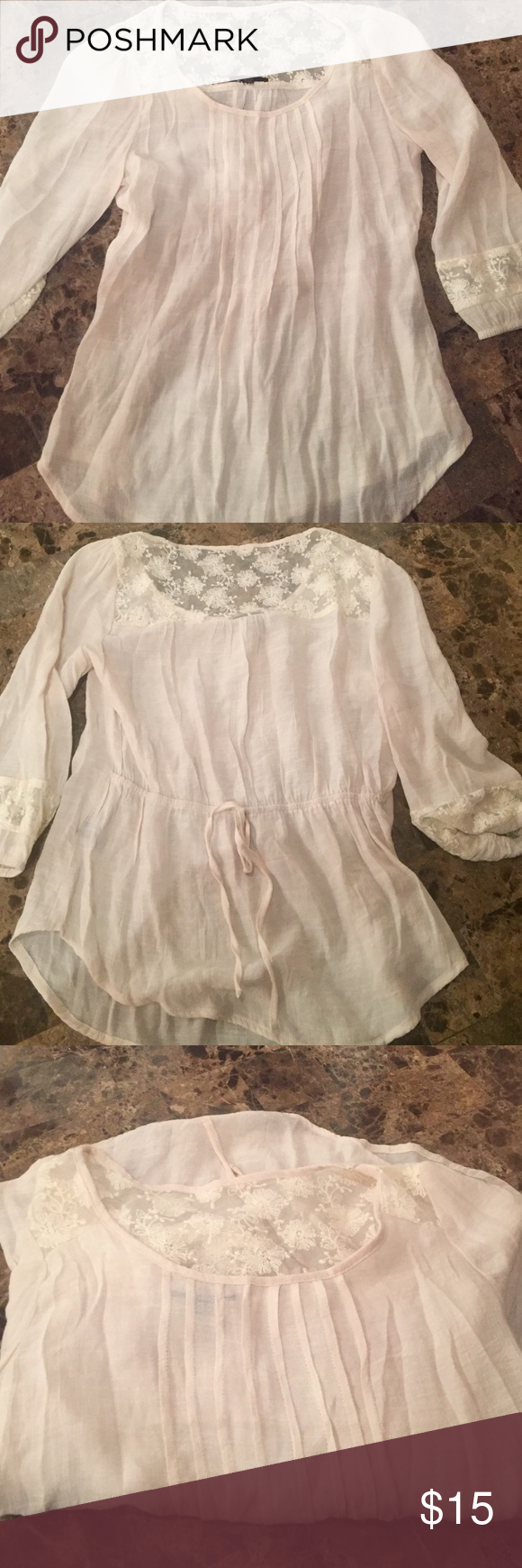 Anthropologie top-so pretty Great top! Never worn brand E and M Anthropologie Tops Tunics