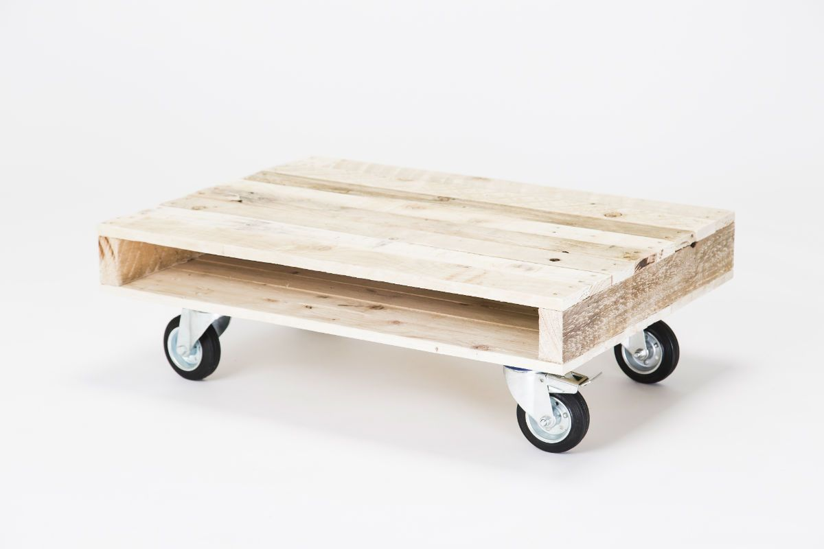 Acrylic Coffee Table With Wheels