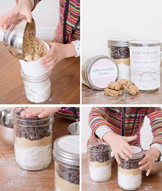 Chocolate Chip Cookie Mix In A Jar With Printables | 30 DIY Christmas Gifts  in a Jar Ideas | DIY Mason Jar Christmas Gifts - 33+ Easy Christmas Gifts In A Jar Cute Jars Pinterest Jar