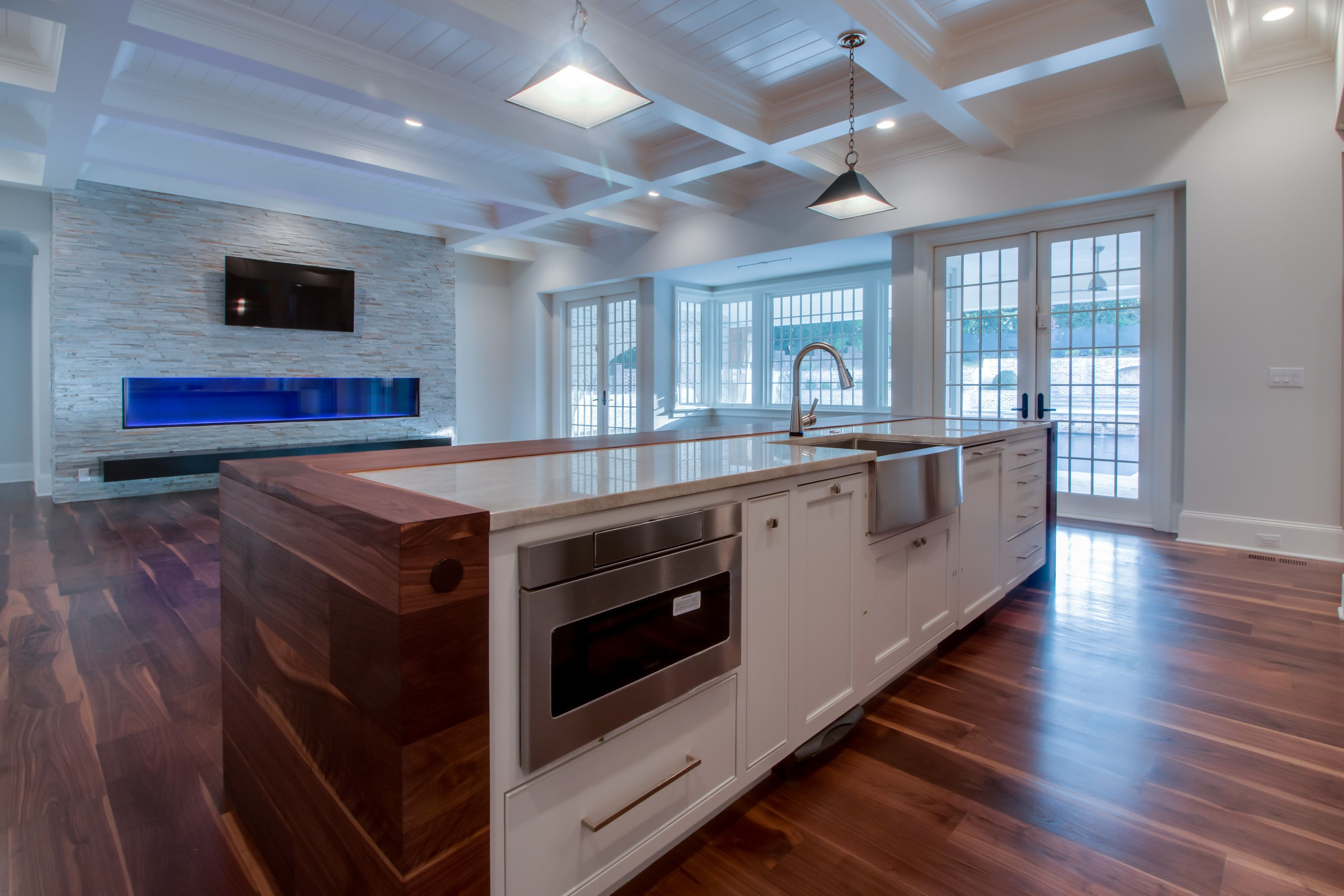 Kitchen and Family Room | FOXCROFT POST MODERN ENGLISH COMPOSITION ...