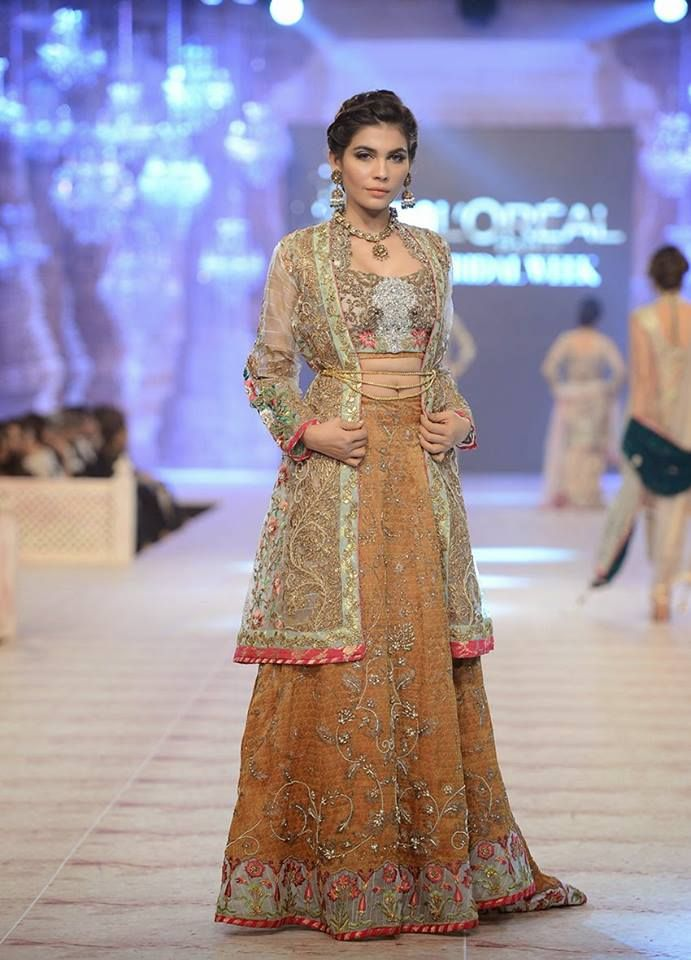 Pakistani & Indian Fashion Bridal Wedding Gowns Designs Collection 2015-2016 (33)