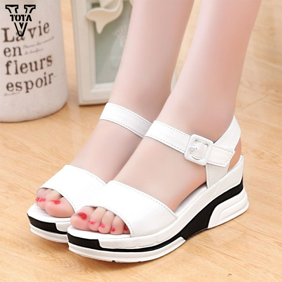 3d7c82f7eb33 2017 Platform Sandals Women Summer Shoes Soft Leather Casual Shoes Open Toe  Gladiator wedges Trifle Mujer
