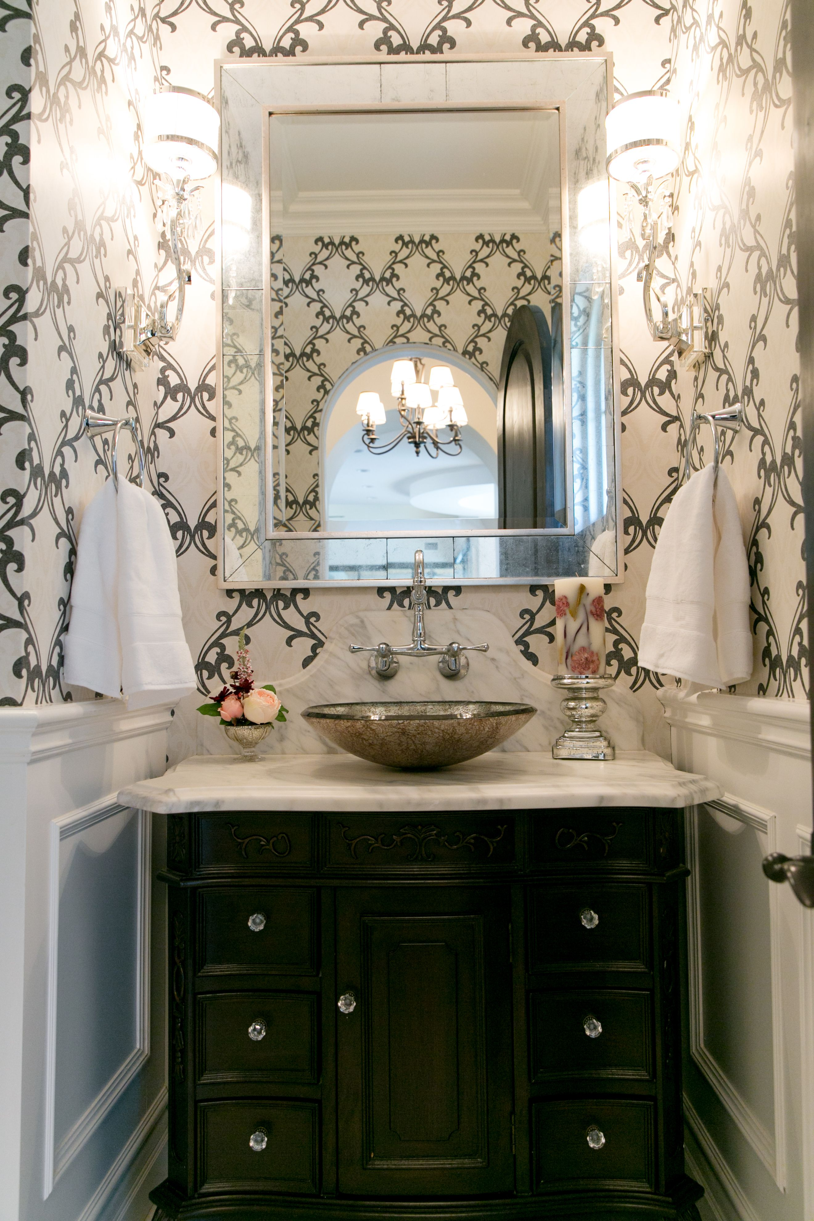 Powder Room Black And White Wallpaper