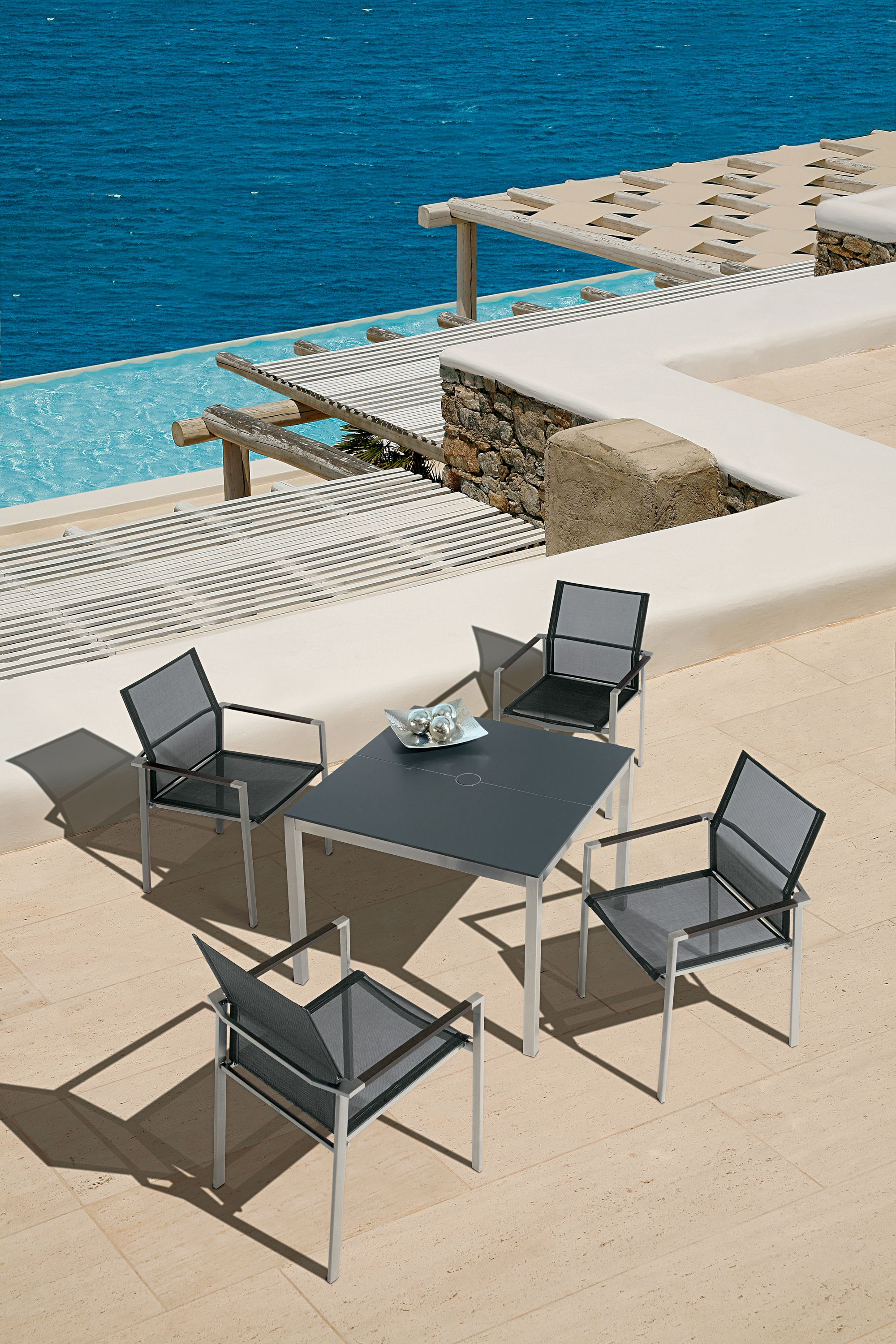 High End Outdoor Furniture, Barlow Tyrie, Rausch Classics, Sifas, Royal Botania, Skargaarden, Skagerak, Lloyd Flanders, Mamagreen, Custom Upholstered Furniture, Solid Cherry Wood Furniture : Equinox Collection