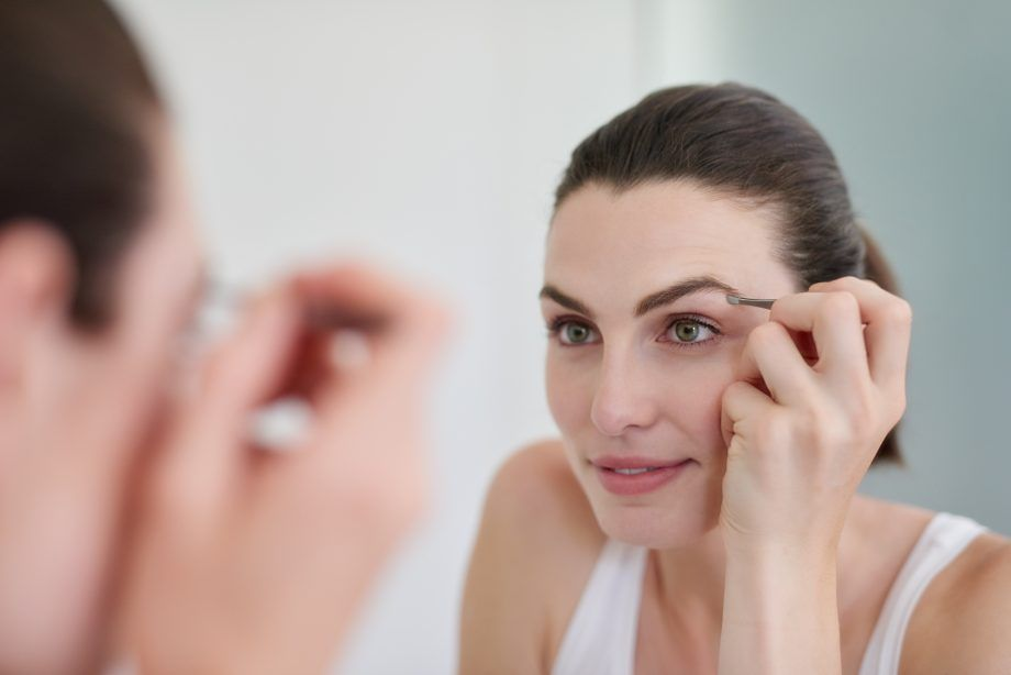 Want to carry on your brow upkeep at home? We've got everything you need to know about eyebrow tinting...  #eyebrowtinting #homebeauty #stayathome #howtotinteyebrows