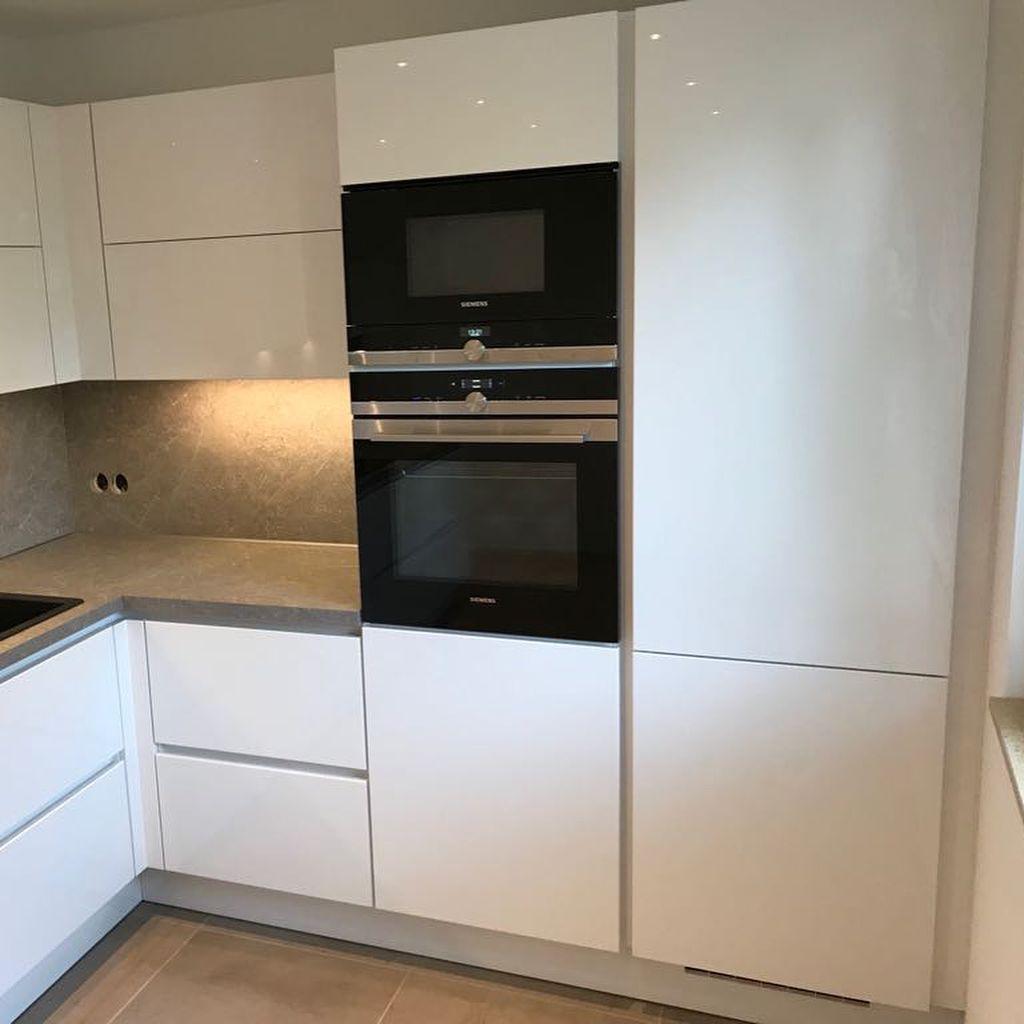 Bild Konnte Enthalten Kuche Und Innenbereich Kuche Wohnzimmer Gestalten Essen