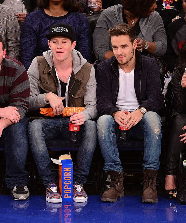 Niall Horan and Liam Payne watch the NY Knicks   One World