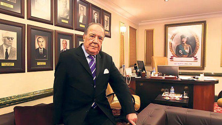 Gazete Duvar ///  Büyük Kulüp Başkanı Duran Akbulut yaşamını yitirdi