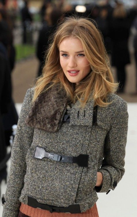 love this jacket .. love her hair ... love her lips ... and I suppose I cant deny her amazing cheek bones