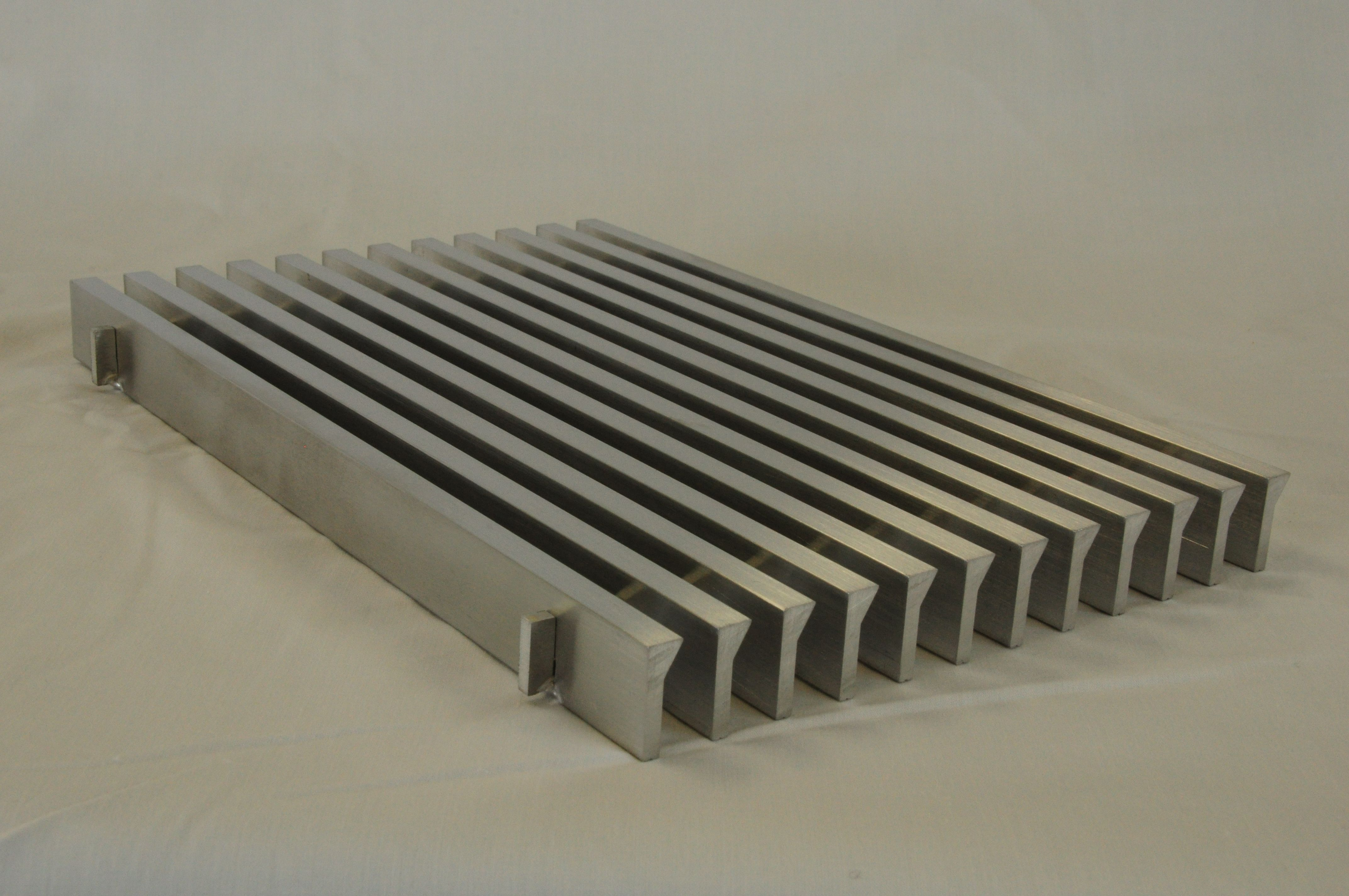 CA200 Linear Metal bar grille with a 30 degree air