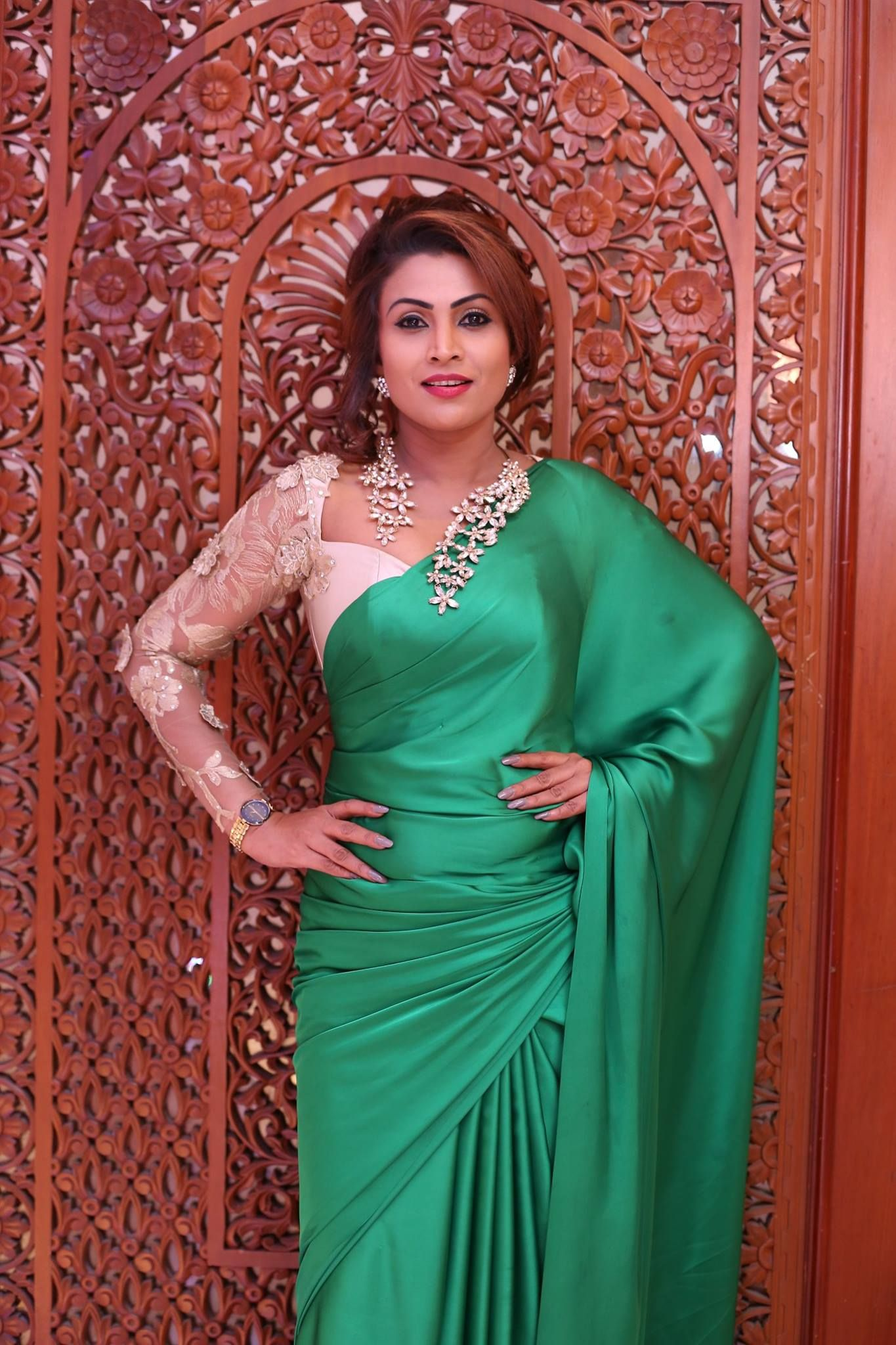 Sri Lankan Actress - Srimali Fonseka Dressed By Suresh Fernando ...