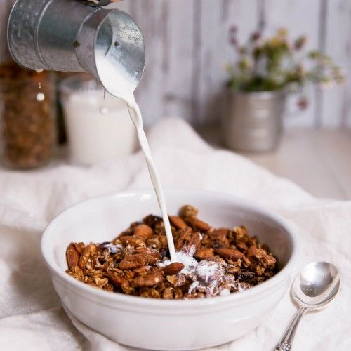 Healthy, filling, super yummy - you've got to make this superfood coconut granola with chia seeds and flax!
