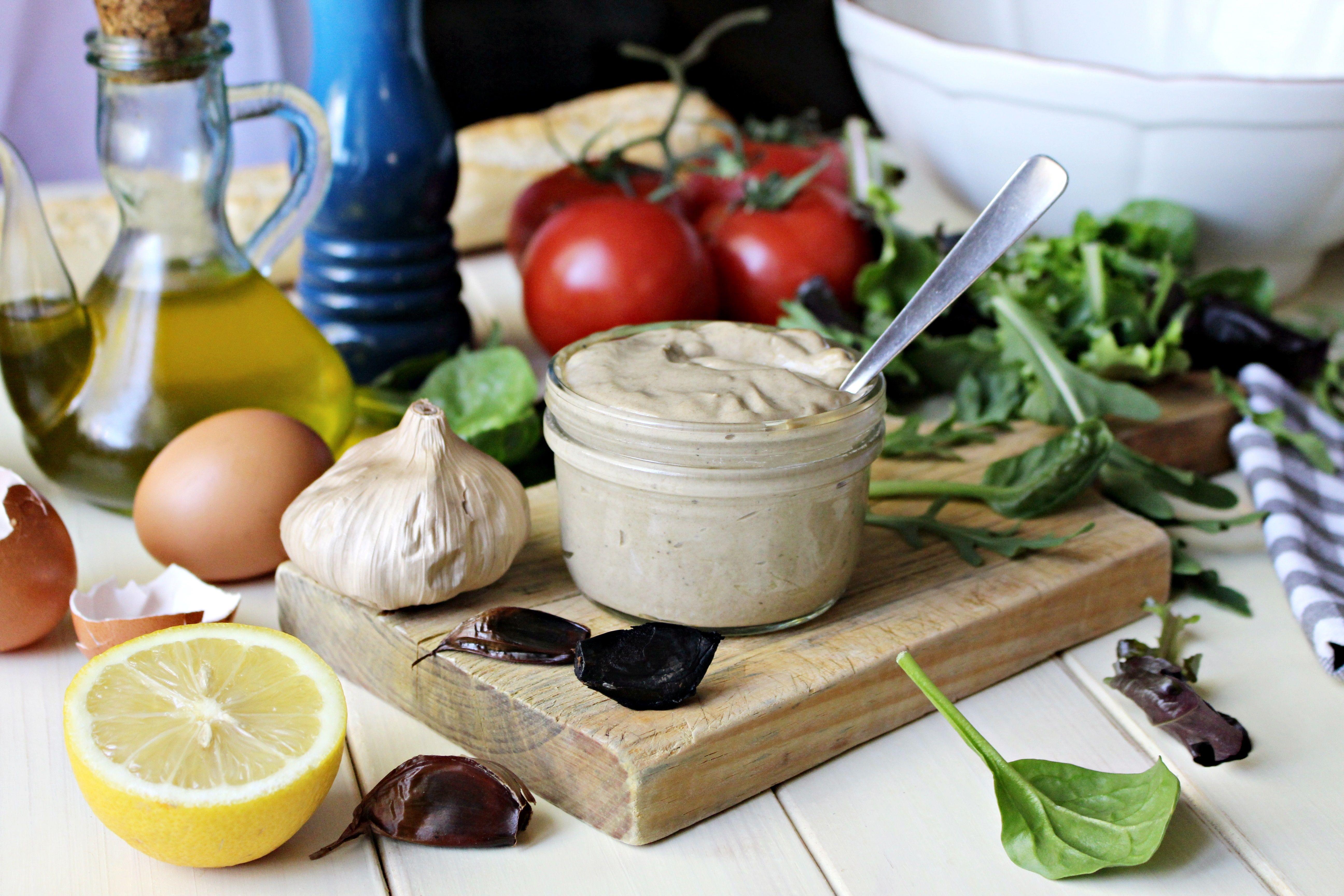 Mayonesa casera de ajo negro :: Domácí majonéza s černým česnekem
