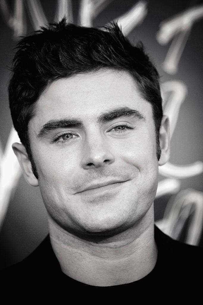 When he smirked so sweetly. | Zac efron | Pinterest | Zac efron ...