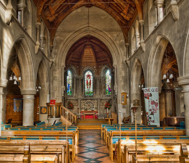 St. Mary's Church in Warsash, Hampshire by Anguskirk, via Flickr