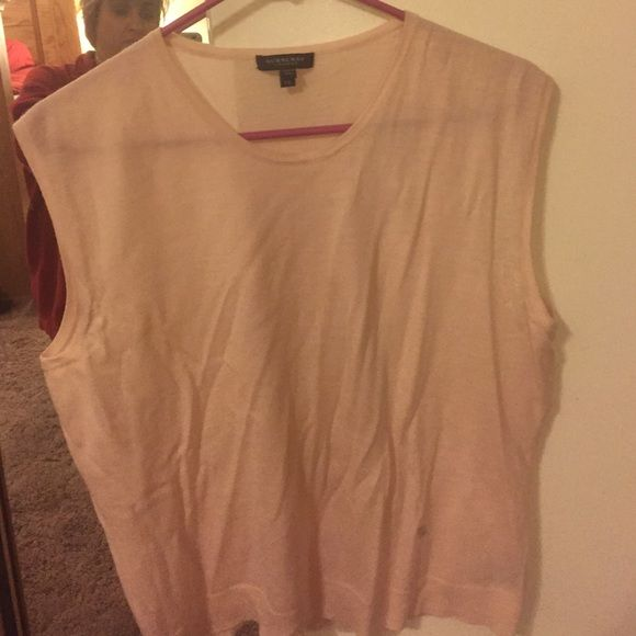 Pink Burberry cashmere sweater Excellent condition Burberry Sweaters Crew & Scoop Necks