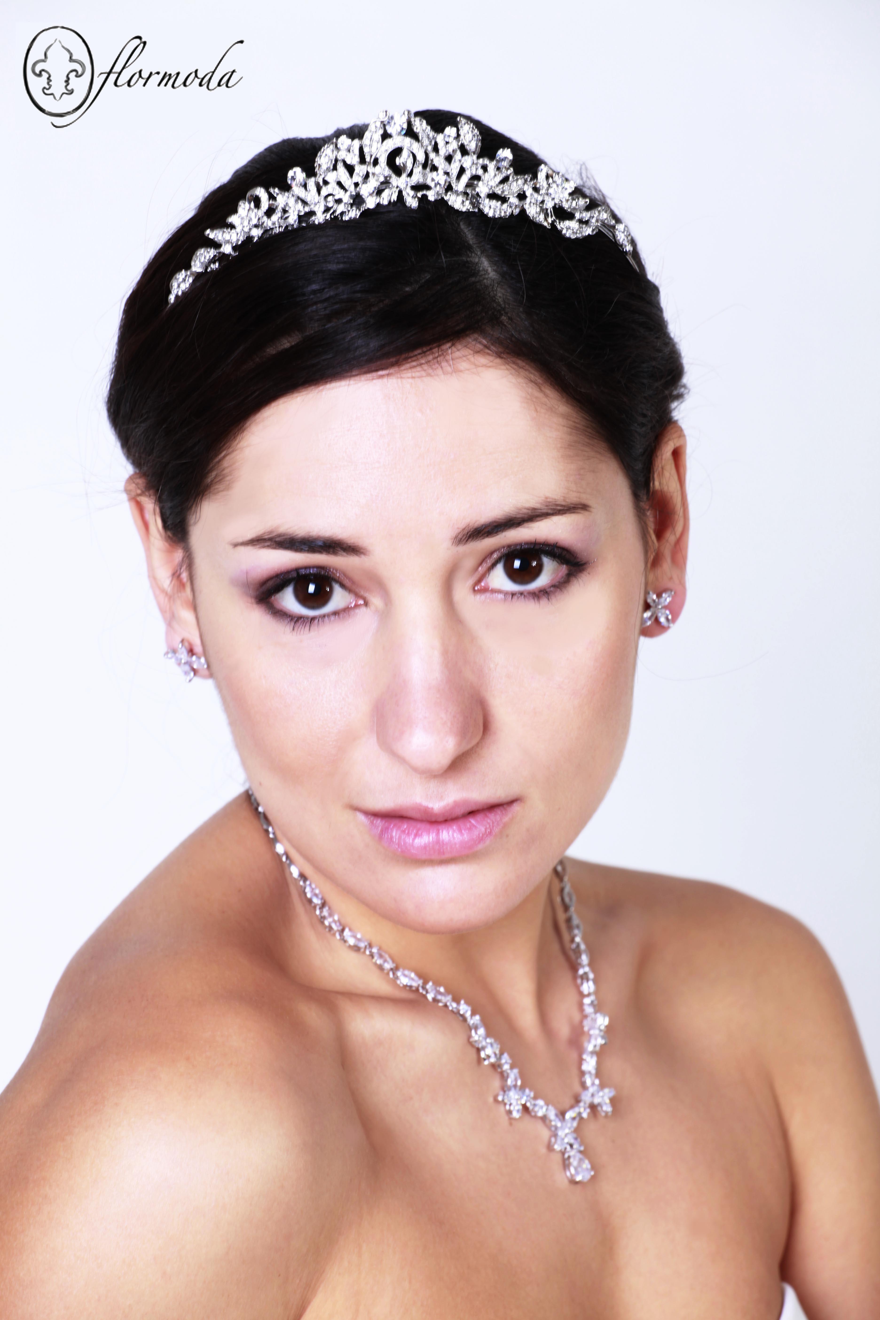 Perfectos detalles para una novia! | Colección para novias 2013 ...