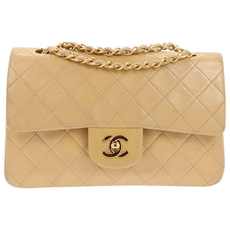 2aafea0ab beige Plain Leather CHANEL Handbag - Vestiaire Collective   Chanel ...