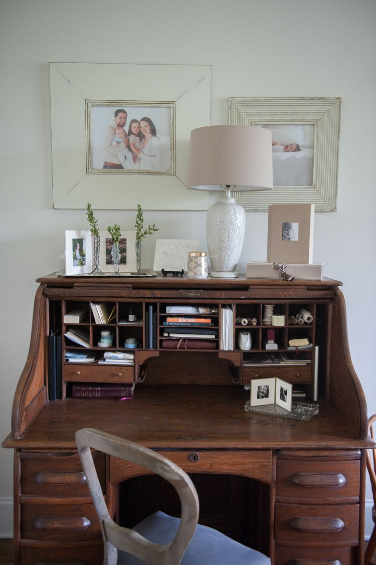 Pin By Zoe On Workspaces Desk In Living Room Home Office Design Home Desk